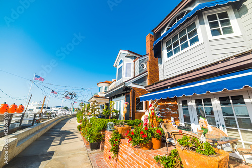 Beautiful houses in Newport Beach Canvas Print