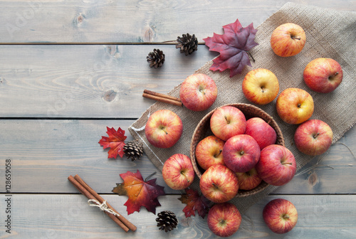 Fotografie, Obraz  Autumn apples
