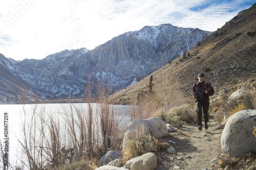 Plakat Man Running in the Mountains in California
