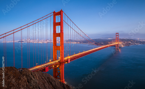 Foto-Kassettenrollo premium - Golden Gate Bridge in twilight, San Francisco, California, USA (von JFL Photography)