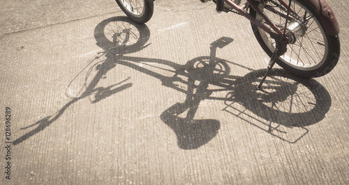 Fotobehang Fiets Shadow of bicycle