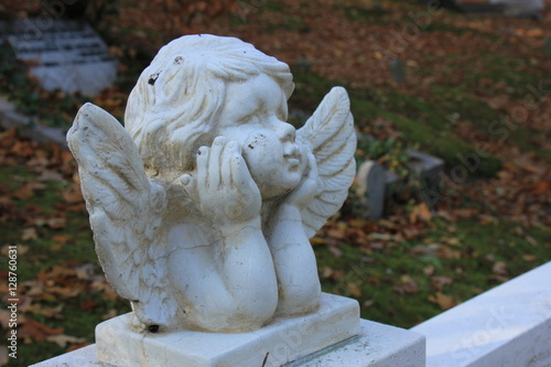 Foto  Guardian angel grave ornament