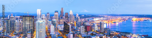 Fototapety, obrazy: scenic view of down town of  seattle city at night,Seattle,Washington.