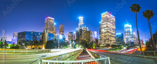 Photo  scenic view in freeway in downtown Los angeles at night,California