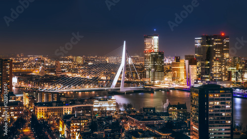 Spoed Fotobehang Rotterdam Rotterdam night in holland