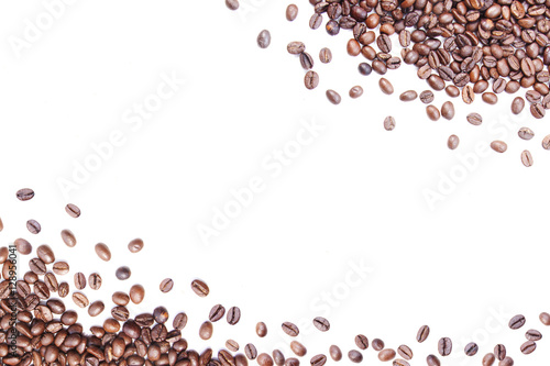 Poster de jardin Salle de cafe White background with coffee beans