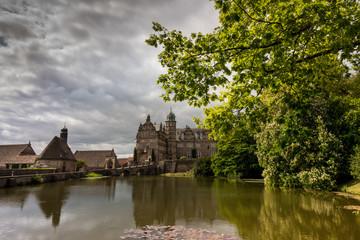 Fototapeta na wymiar Hämelschenburg Castle in the sunlight , Germany