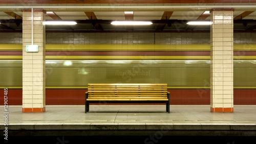 Zdjęcie XXL Stacja metra Nordbahnhof w Berlinie