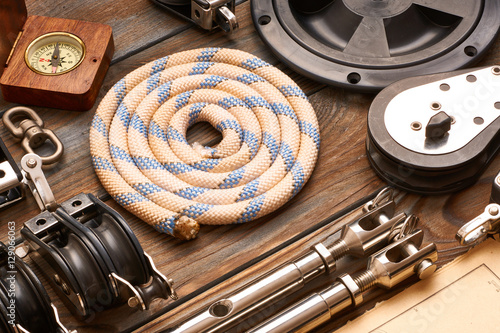 Tuinposter Zeilen Sailing yacht rigging equipment