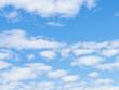 雲と青空の背景画像