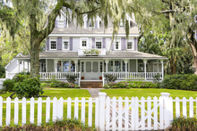 ISLE OF HOPE, GA USA - NOVEMBER 1, 2013: Historic Residential District.