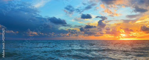 Deurstickers Zee zonsondergang Sea