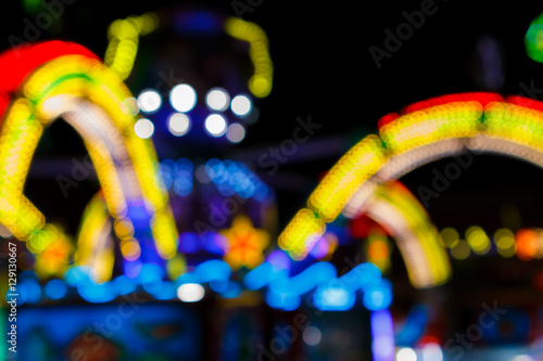 Poster Amusementspark Blurred bokeh light in amusement park