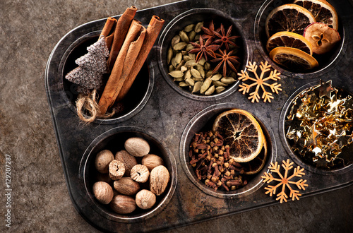 Keuken foto achterwand Kruiden Christmas spices for baking Stollen and cookies