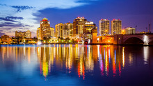 West Palm Beach, Florida Skyli...