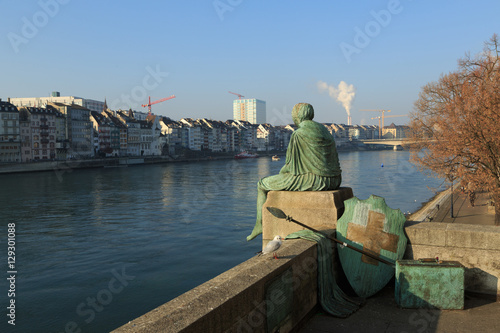 Helvetia statue on the Rhine in Basel Fototapet