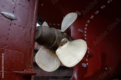 Juliste  Ship's propeller and rudder