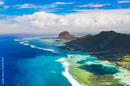 In de dag Luchtfoto Aerial view of Le Morn Brabantl. Mauritius