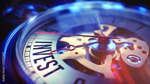Fotografía  Invest - Wording on Pocket Watch. 3D Illustration.