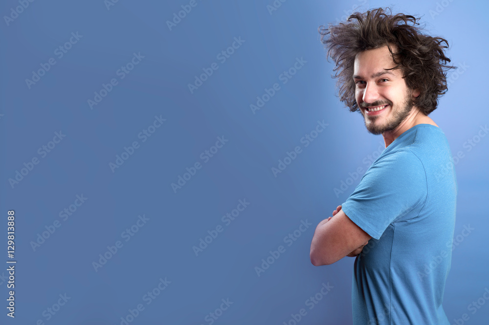 Fototapety, obrazy: Beautiful afro man in front of a colored background