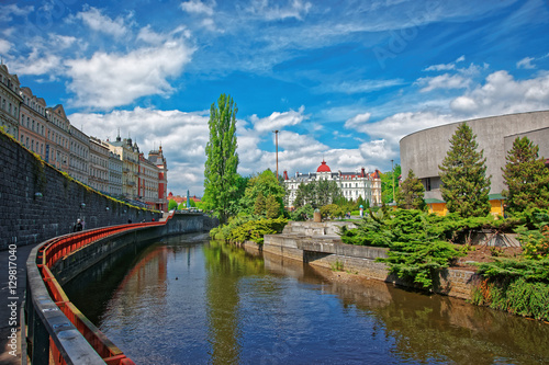 Fotografie, Obraz  Tepla River and City architecture at Promenade in Karlovy Vary