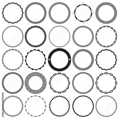 Collection of Round Decorative Ornamental Border Frames with Clear Background. Ideal for vintage label designs. Fototapete