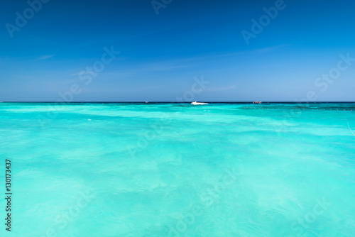 In de dag Groene koraal Vast and Blue ocean, Beautiful Blue water surface at the open sea