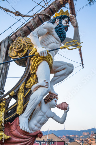 Foto Close up of figurehead on Pirate Ship