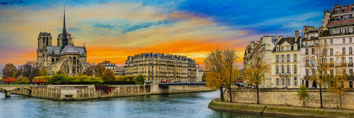 Picturesque cityscape of Seine and Cathedral of Notre Dame de Pa