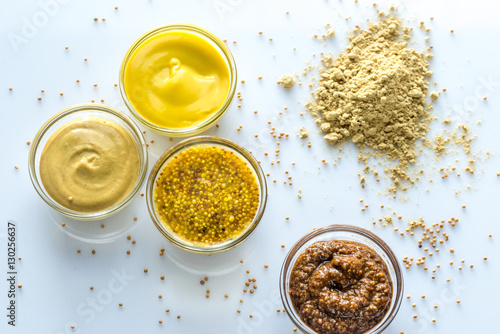Canvas Print Different kinds of mustard