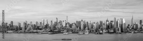 New York City Manhattan midtown skyline at dusk © f11photo