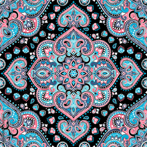 Materiał do szycia Beautiful Indian floral paisley seamless ornament print. Ethnic