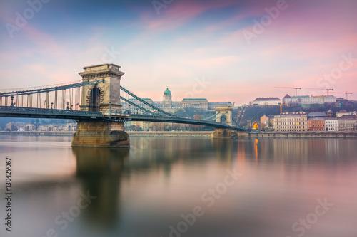 Aluminium Prints Budapest sunrise at budapest chain bridge, hungary