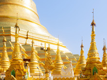Shwedagon Pagoda, The Most Sacred Buddhist Pagoda In Myanmar, Yangon (Rangoon)
