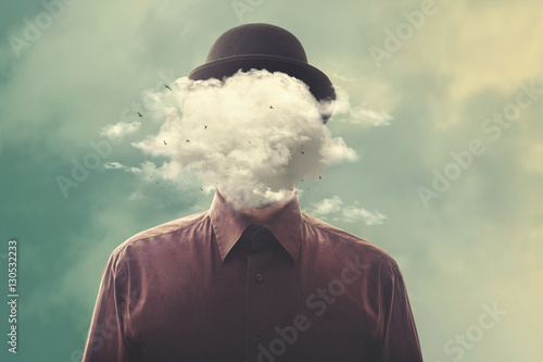 Photo  head in the clouds minimalist concept