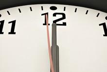 Uhr Zeigt Eine Sekunde Vor Mitternacht