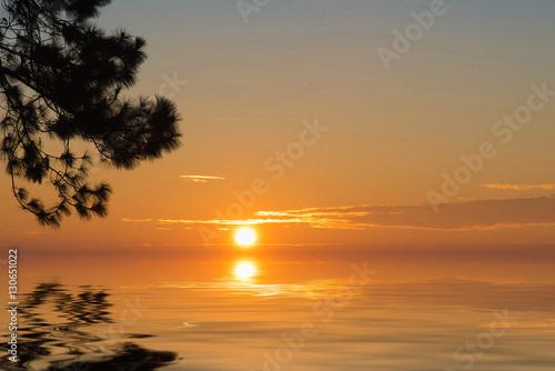 Fotografía  Sunrise in the morning,