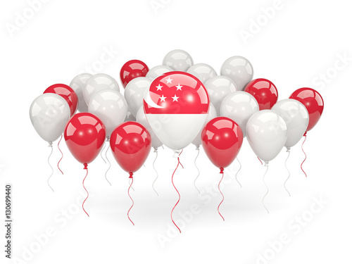 Photo  Flag of singapore with balloons