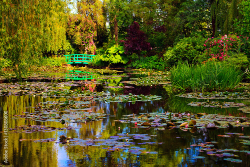 Photo Stands Water lilies Giverny, jardin d'eau