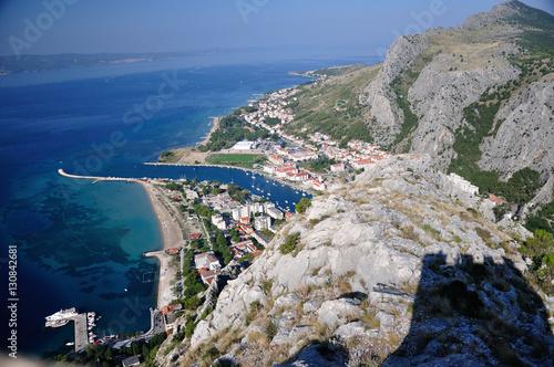 Fototapeta Chorwacja - Panorama miasta Omiś  obraz