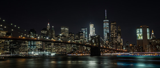 Fototapeta Industrialny Brooklyn Bridge and New York City at night