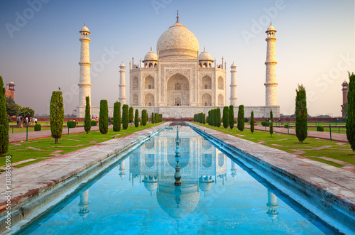 Canvas Prints Historical buildings Taj Mahal, Agra, India