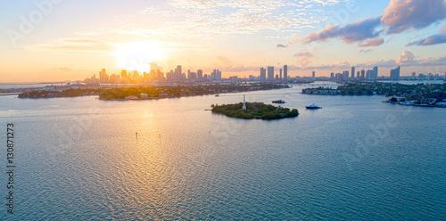 Zdjęcie XXL Miasto Miami na Florydzie Aerial Sunset View Biscayne Bay