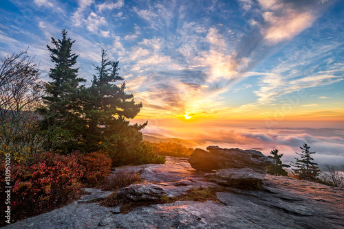 Foto auf AluDibond Schokobraun Blue Ridge Mountains, scenic sunrise, Blue ridge Parkway, North Carolina