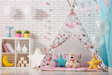 children room with play tent