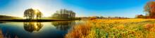 Sonnenaufgang Am Fluss, Panorama Im Herbst