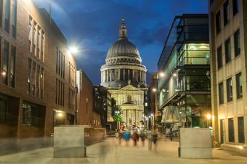Fototapeta na wymiar LONDON, ENGLAND - JUNE 17 2016: Amazing view of St. Paul Cathedral in London, Great Britain