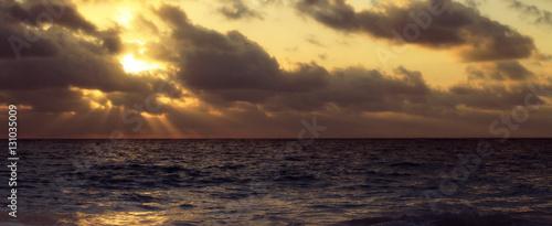 Fotografie, Tablou  Panoramic Sunrise