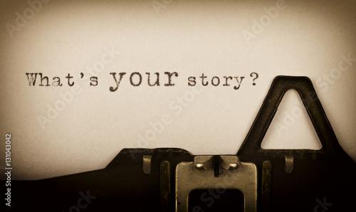 Fotografie, Obraz  What's your story? - geschrieben auf einer alten Schreibmaschine -