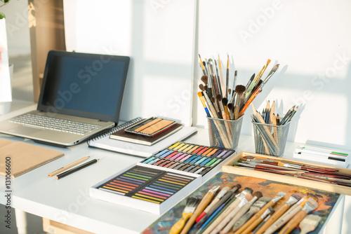 Fotografia, Obraz  Painter workplace in order side view